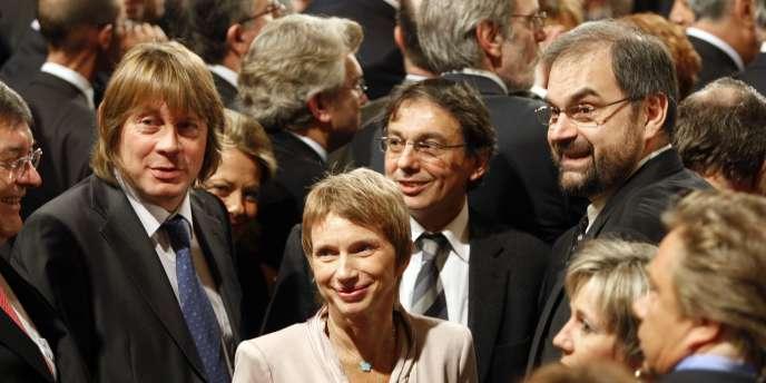 Laurence Parisot, présidente du MEDEF, entourée de Bernard Thibault (CGT) et François Chérèque (CFDT), à l'Elysée en 2008.