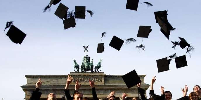 Des diplômés de