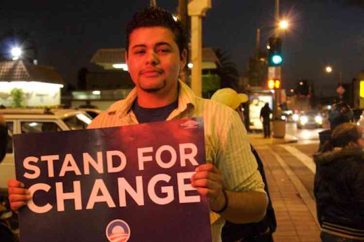 """L'élection de Barak Obama a suscité beaucoup d'espoir dans les communautés """"latinos"""" et asiatiques qui comptent beaucoup de sans-papiers."""