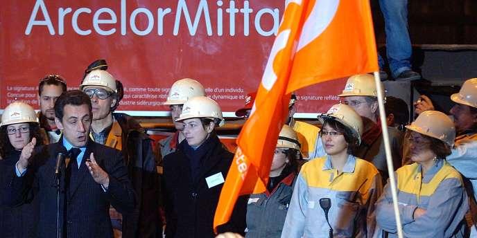 Nicolas Sarkozy sur le site de Gandrange, le 4 février 2008.