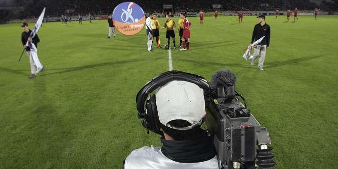 Canal + est bousculé par la concurrence venue de l'étranger.