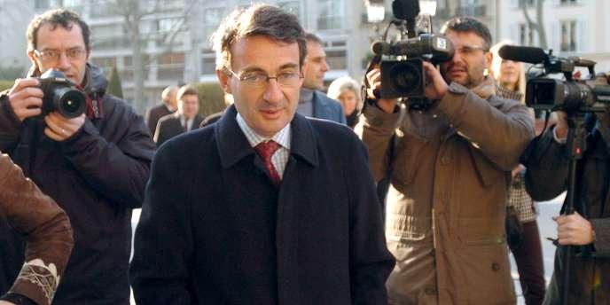 Jean-Christophe Fromantin, actuel maire sortant de Neuilly-sur-Seine et député UDI, le 12 février 2008. Il est accusé d'avoir laisser se dégrader les logements sociaux de la commune.
