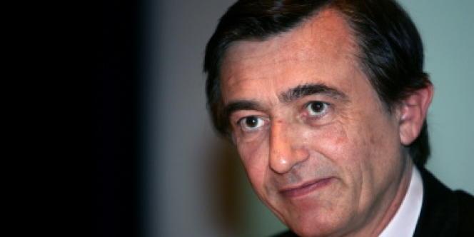 Philippe Douste-Blazy, à Paris, le 15 mars 2005.