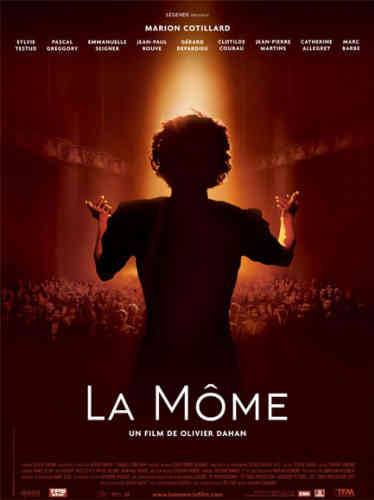 Peut-être le rôle de sa vie. Le biopic de Piaf par Olivier Dahan remporte tous les suffrages des deux côtés de l'Atlantique où critiques et public saluent l'incroyable performance de la comédienne. Celle-ci incarne admirablement la môme Piaf de l'adolescence à la mort. Déjà récompensée d'un Golden globe et d'un Bafta, Marion Cotillard pourrait être la deuxième française après Simone Signoret à remporter un oscar de la meilleure actrice dans un film français.