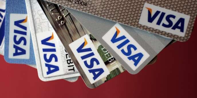 Des cartes de crédit Visa.