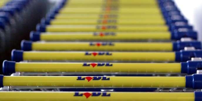 Lidl possède 1 600 magasins en France et emploie 25 000 personnes dans l'Hexagone.