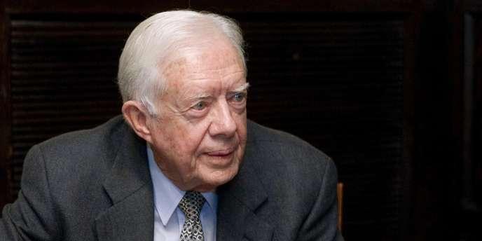 C'est Jimmy Carter, dont la présidence n'est pas considérée comme un succès, qui a créé la fonction de post-président.
