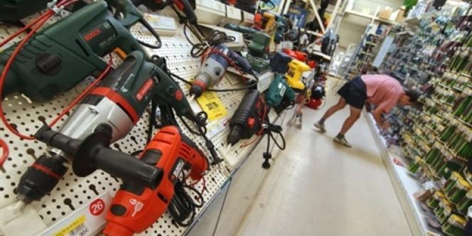 Le Conseil d'Etat a suspendu, mercredi, le décret autorisant l'ouverture des magasins de bricolage le dimanche.