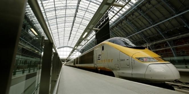 Le gouvernement britannique va annoncer, mercredi 4 décembre, la vente de sa participation de 40 % dans Eurostar, le train à grande vitesse reliant Londres à Paris et Bruxelles.