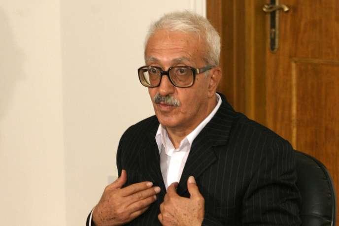L'ancien vice-premier ministre irakien Tarek Aziz, en 2004, peu après sa reddition aux troupes américaines et à la justice irakienne.