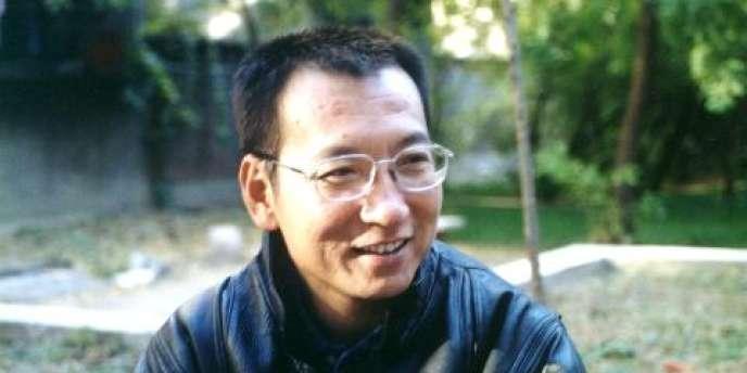 Photographie non datée de Liu Xiaobo. Il a été condamné à 11 ans de prison en décembre 2009 pour