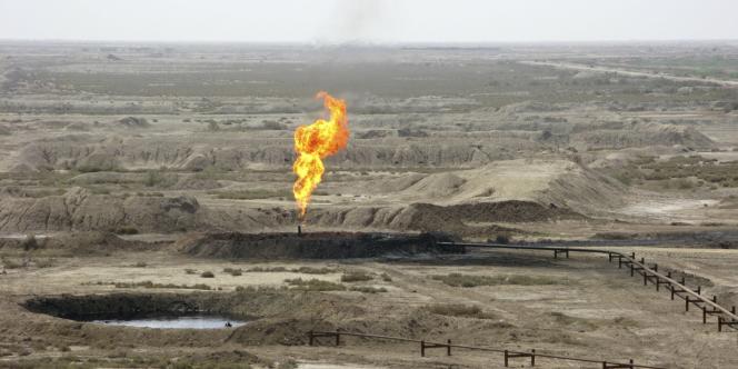 Puits de pétrole à Azadegan, en Iran.