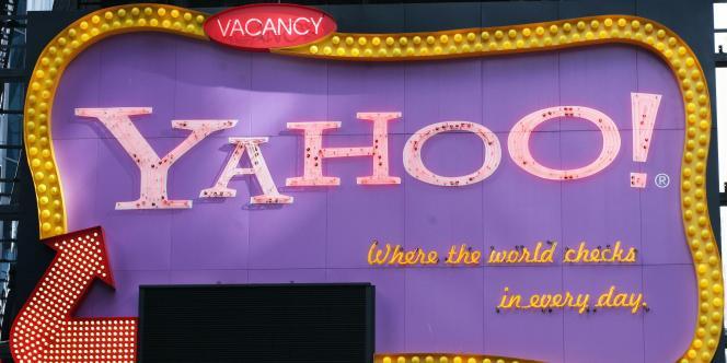 Le logo de Yahoo! sur Times Square, à New York.