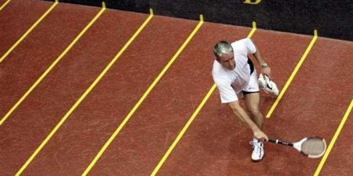 L'Australien Robert Fahey, champion du monde de jeu  de paume.