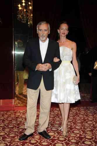 L'acteur Dennis Hopper et sa femme Victoria, lors de la fête organisée par Dolce&Gabbana à Cannes, le 23 mai 2008.