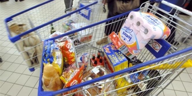 40 % des Français appartiennent à la classe moyenne. Leur principale interrogation : comment maintenir leur niveau de vie, déjà menacé avant la crise économique ?