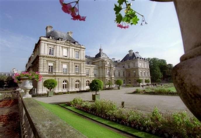 Le Palais du Luxembourg (sénat) accueille la remise du Prix 2014 du Meilleur jeune économiste par Mario Monti, le lundi 26 mai, à 18 heures 30, en présence de Jean-Pierre Bel, président du Sénat.