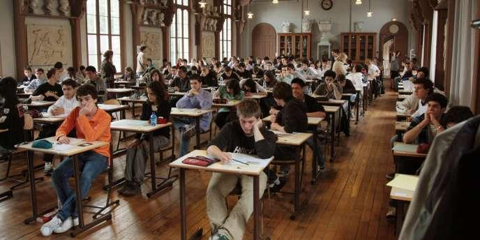 Dans leur lettre au ministre, les signataires dénoncent une école