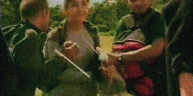 Capture d'image de la vidéo diffusée en juillet 2008 par les autorités colombiennes sur l'opération de libération des quinze otages menée deux jours plus tôt par l'armée.