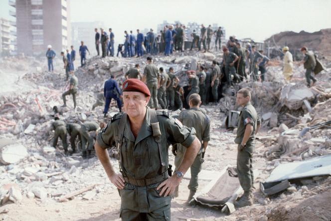 Les ruines du Drakkar à Beyrouth, le 25 octobre 1983.