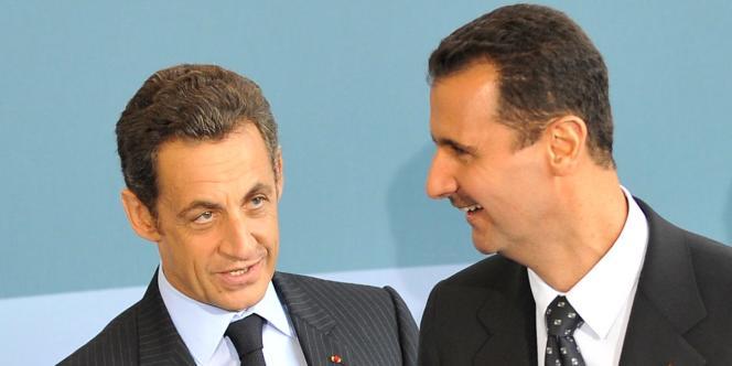 Nicolas Sarkozy et Bachar Al-Assad, le 13 juillet 2008 à Paris lors du sommet sur l'Union pour la Méditerranée.