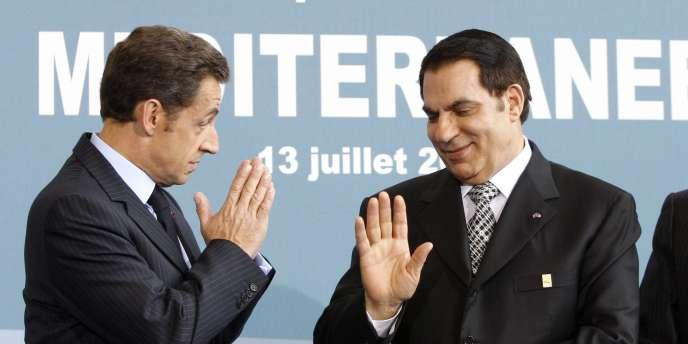 Nicolas Sarkozy et Zine El-Abidine Ben Ali, le 13 juillet 2008 à Paris, lors du lancement de l'Union pour la Méditerranée.