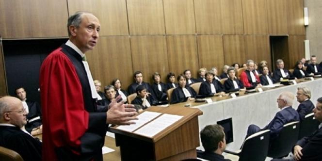 Philippe Courroye lors de son audience solennelle d'installation comme procureur de Nanterre, le 25 avril 2007.