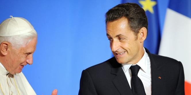 Le pape Benoît XVI avait été reçu par le président français Nicolas Sarkozy le 12 septembre à Paris.