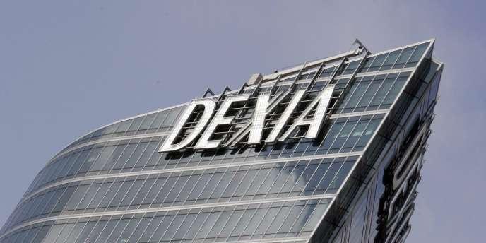 Outre les 51 milliards empruntés avec la garantie consentie fin 2011, le stock d'emprunts réalisés par Dexia lors du premier sauvetage de la banque atteint encore 20 milliards d'euros.