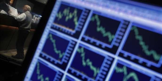 A l'instar des autres places mondiales, la Bourse de Paris a terminé en nette baisse jeudi.