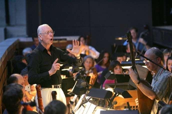 Le chef d'orchestre William Christie en juillet 2004.