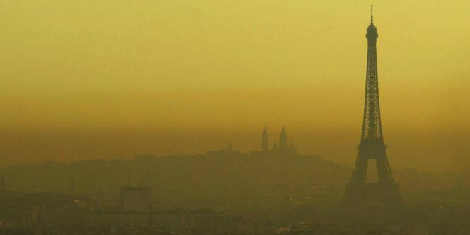 Paris sous un nuage de pollution.