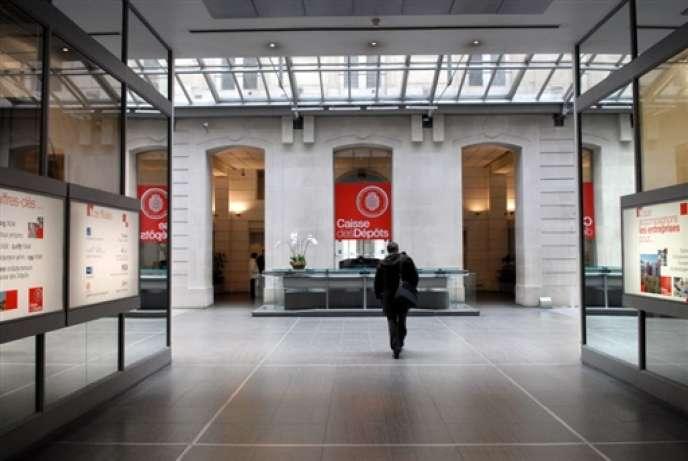 La Caisse des dépôts et consignations fait partie des huit entités publiques françaises dégradées mardi 12 novembre par l'agence Standard & Poor's.
