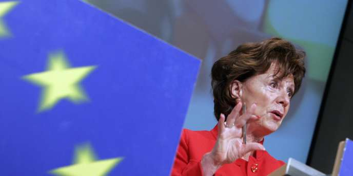 La disparition des tarifs de roaming (l'acheminement des appels à l'étranger) voulue par Mme Kroes en Europe ne devrait pas, selon Deutsche Telekom et Orange, arranger leur situation.