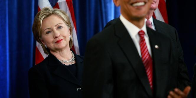 Hillary Clinton avait été nommée par Barack Obama comme chef de la diplomatie du gouvernement démocrate en 2008. Elle a été remplacée en 2013 par John Kerry.