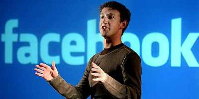 Patiemment, Mark Zuckerberg, le patron de Facebook a exécuté sa stratégie : d'abord l'expérience utilisateur, ensuite la monétisation de l'audience.