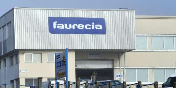 Installés en Chine depuis 1994, Faurecia, le numéro un mondial de l'échappement et des équipements intérieurs, connaît une croissance vertigineuse dans un pays qui devrait produire 25 millions de véhicules à moyen terme.
