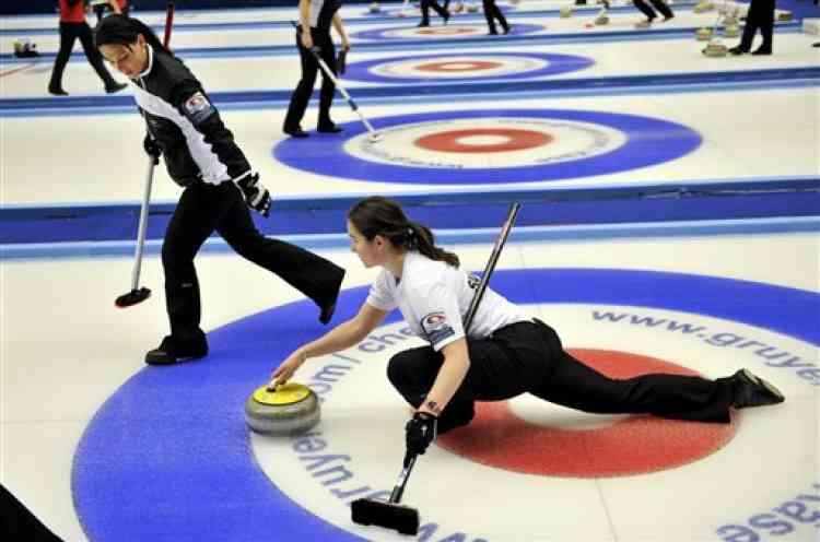 Les joueuses suisses pendant la coupe d'Europe de curling, à Ornskldsvik.