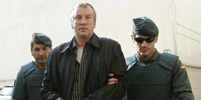 Guennadi Petrov, soupçonné d'être l'un des parrains de la mafia russe en Espagne, lors de son arrestation le 14 juin 2008 à Palma de Majorque.