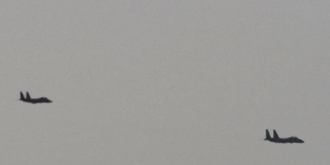 Le Blue Sparrow est en général tiré par un avion de chasse ; en l'occurrence, il s'agit vraisemblablement d'un F-15 israélien.