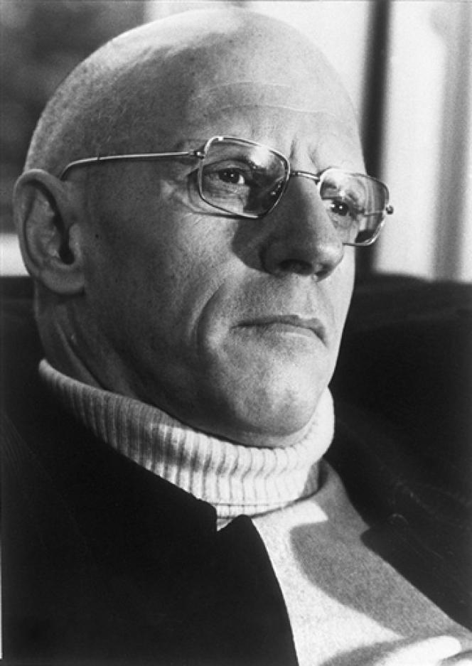Le philosophe français Michel Foucault à Paris.