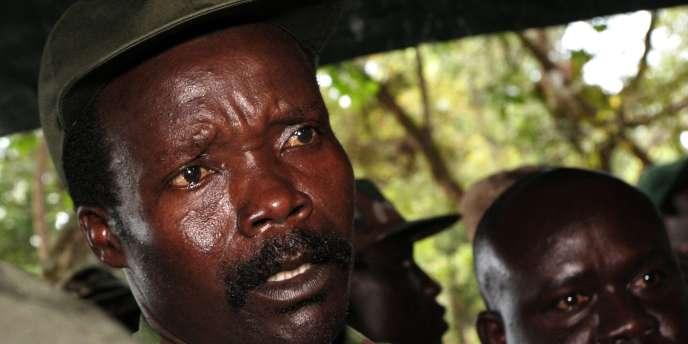 Joseph Kony, le chef de la L'Armée de libération du Seigneur (LRA), photographié en 2006.