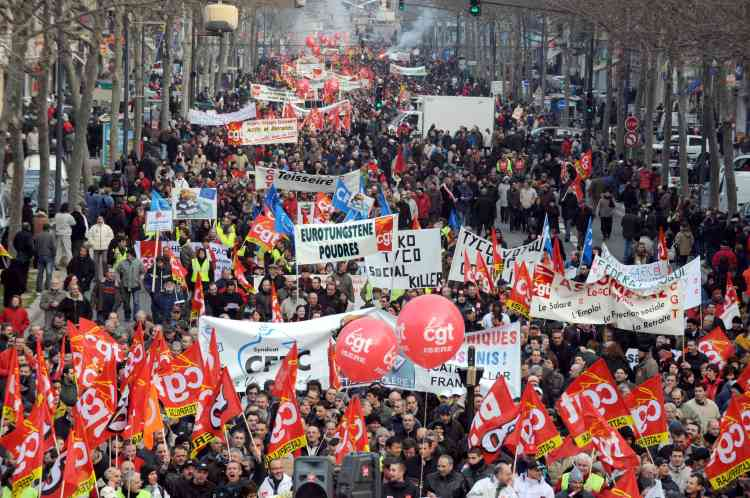 A Grenoble, quelque 30 000 manifestants étaient descendus dans la rue.