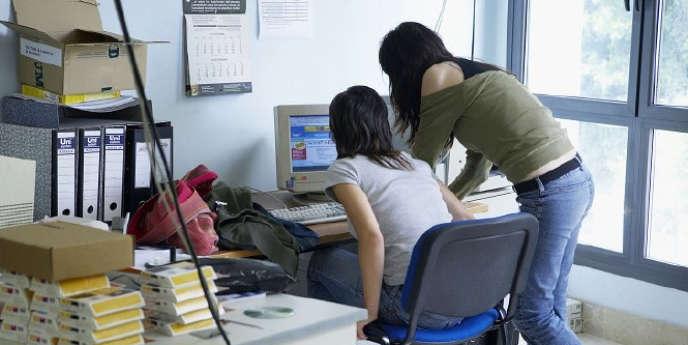 Chaque année, les étudiants mènent un véritable parcours du combattant pour trouver, via Internet ou les petites annonces, un logement.