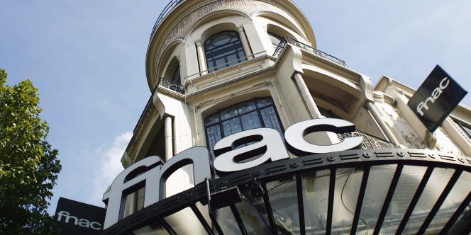Pour son premier jour de cotation, la Fnac a dévissé de 13,6 % à la Bourse de Paris, jeudi 20 juin.
