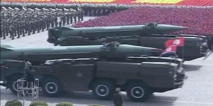Parade militaire à Pyongyang, le 25 avril 2007.