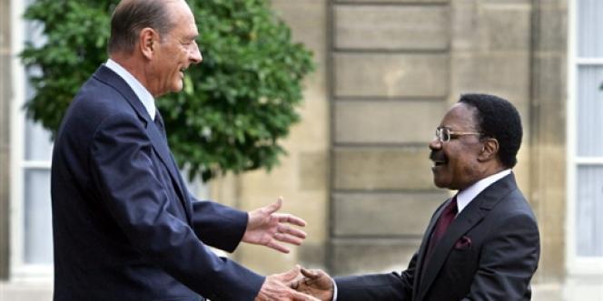 Omar Bongo, en 2006, avec Jacques Chirac.
