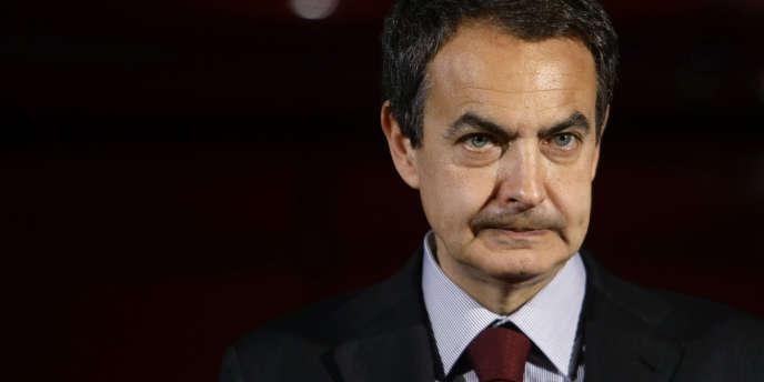 Le gouvernement de José Luis Rodriguez Zapatero adopte un nouveau train de mesures pour tenter d'endiguer la hausse du chômage en Espagne.