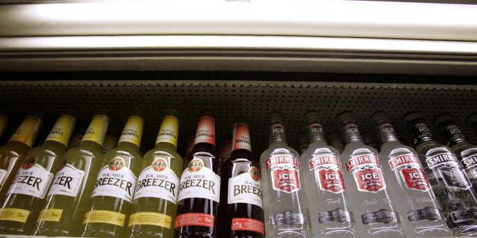 La vente et la consommation d'alcool sont interdites en Libye, même si l'alcool de contrebande alimente le marché noir.