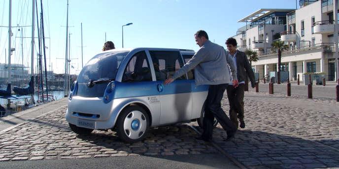 Le prototype de voiture électrique de Heuliez, baptisé la Friendly.
